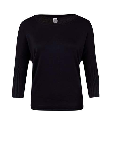 Round neck jumper by Saint Tropez