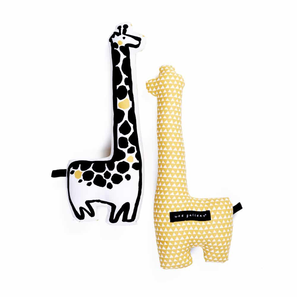 NURSERY FRIENDS THROW PILLOW - GIRAFFE