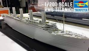 Trumpeter #03710 1/200 Titanic with LED Lighting Kit