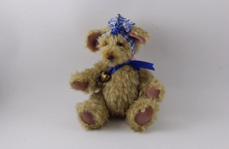 "Handmade Teddybear ""Chestnut"""
