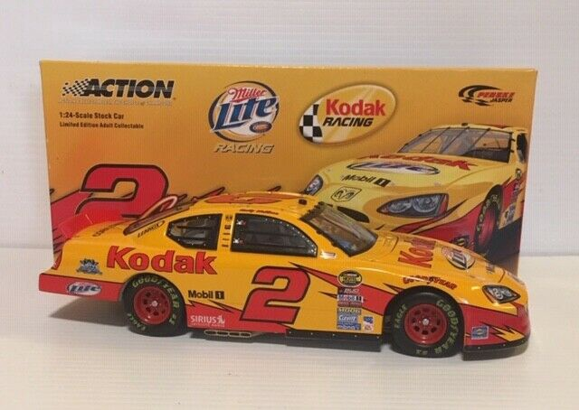 Action #1100066 1/24 Rusty Wallace 2005 Charger