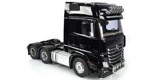 Tamiya #56348 Mercedes Benz Arocs 3363 6x4 Gigaspace 1/14 Tractor Truck