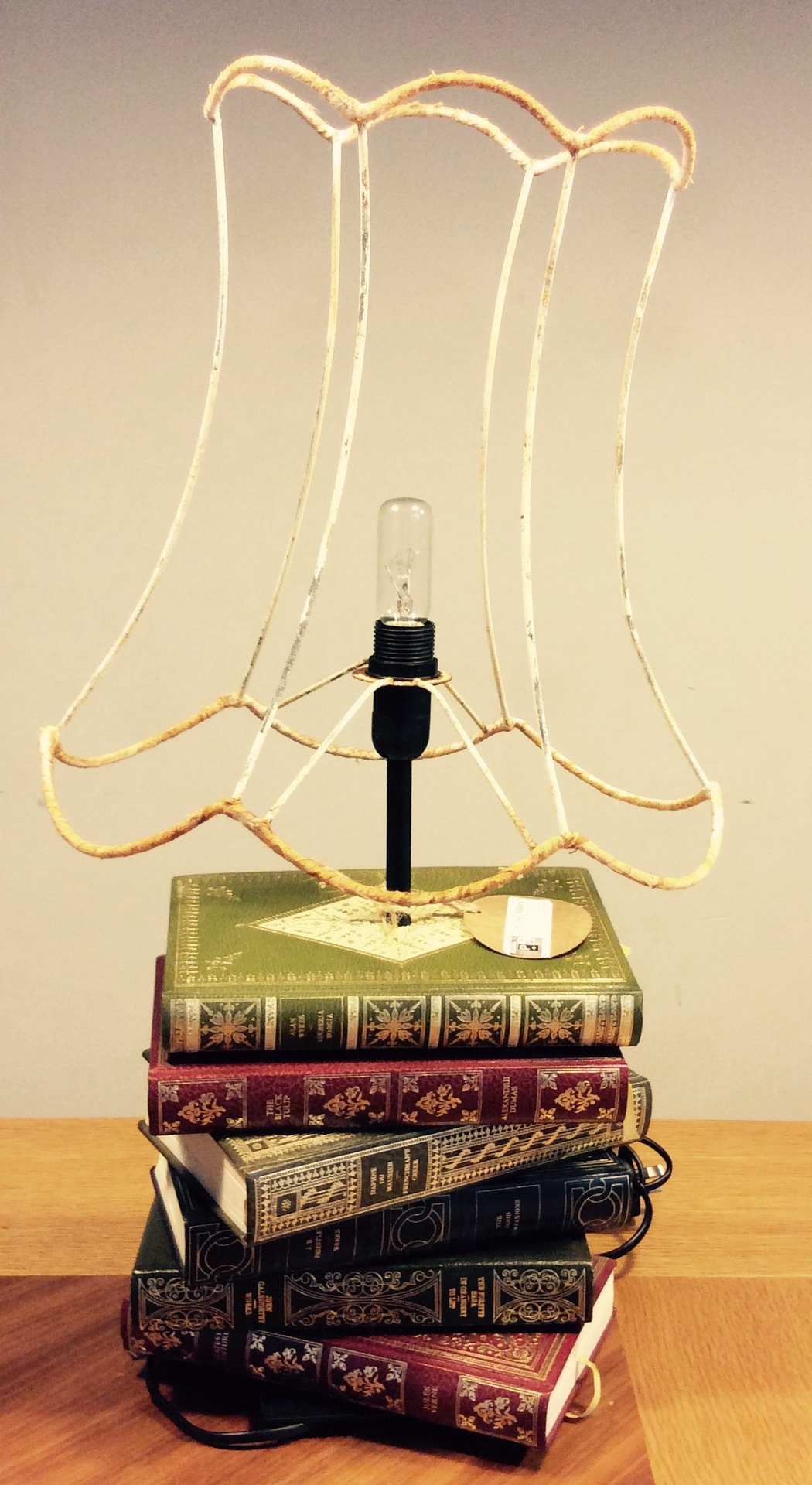 BOOKLAMP - 'Bookclub- Gold Embossed'