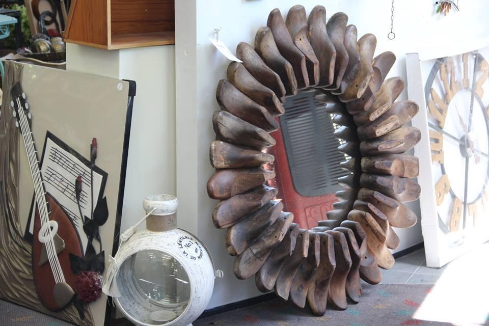 Advika shoes mirror