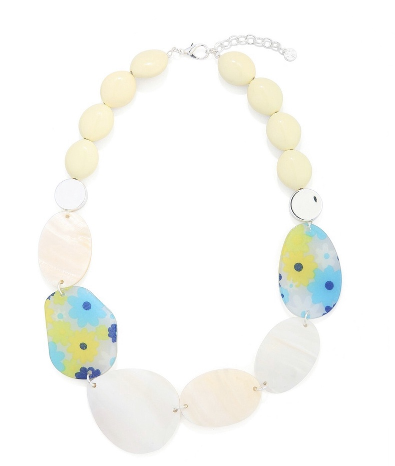 Mother of pearl and flower statement necklace