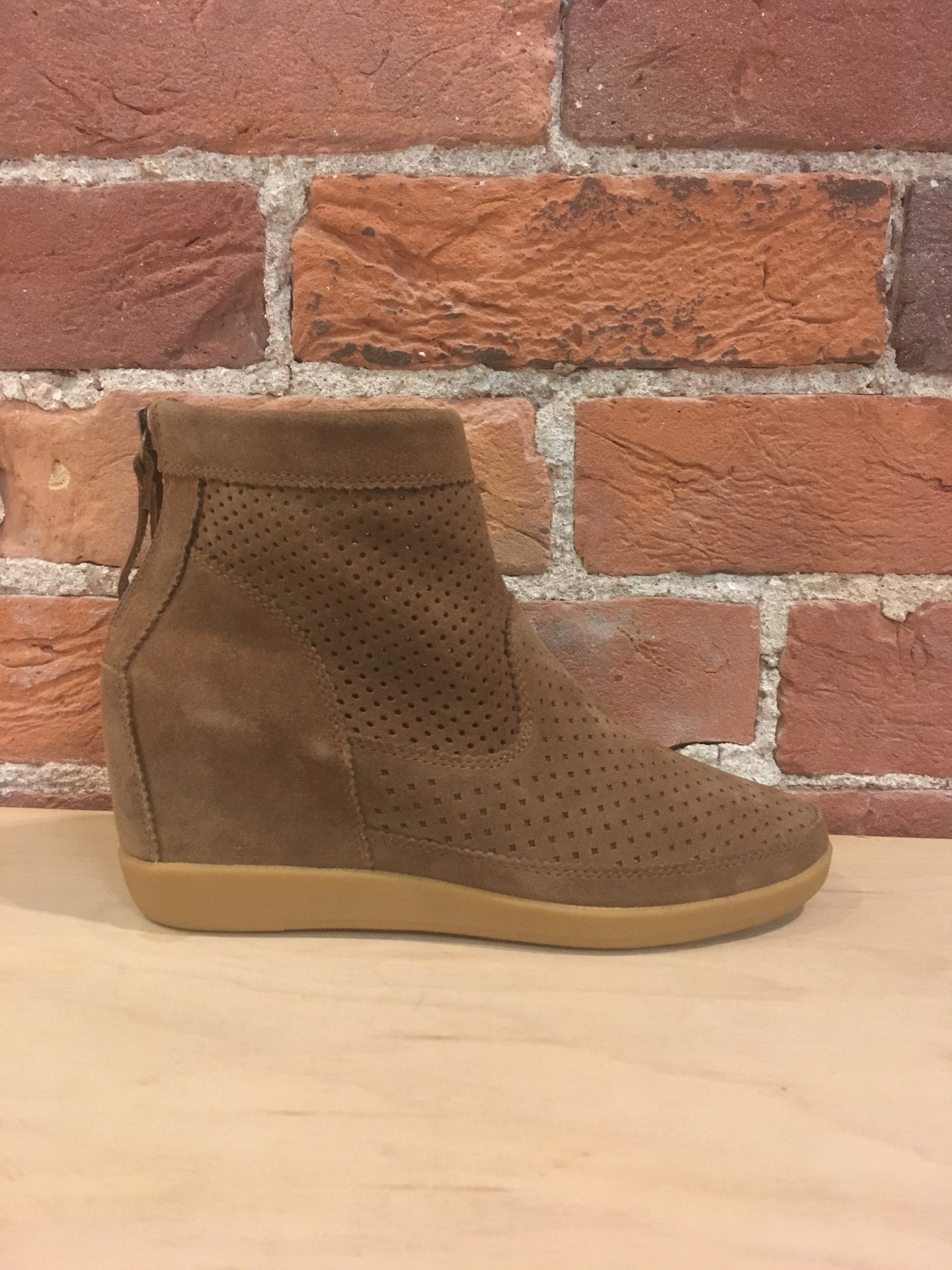 SHOE THE BEAR - EMMY S IN BROWN