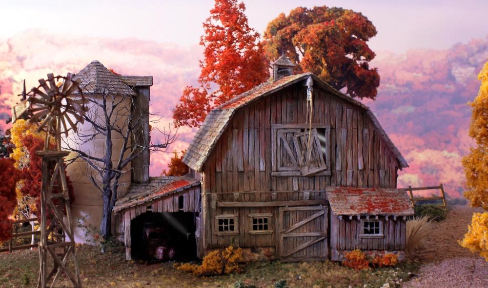 Landmark Structures #BR5038 HO Old Weathered Barn