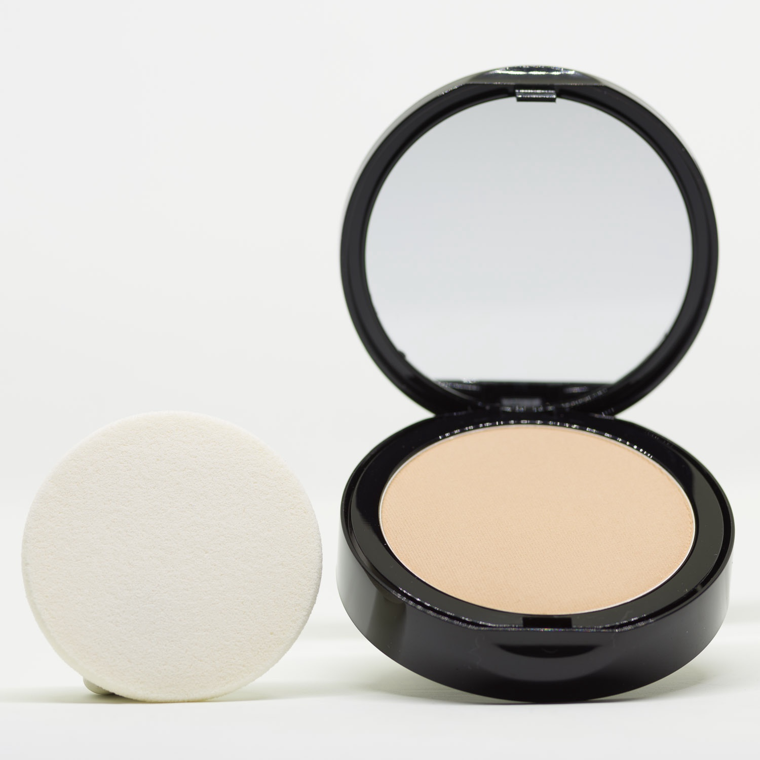 PC3 Warm Yellow Pressed Powder Mineral Foundation