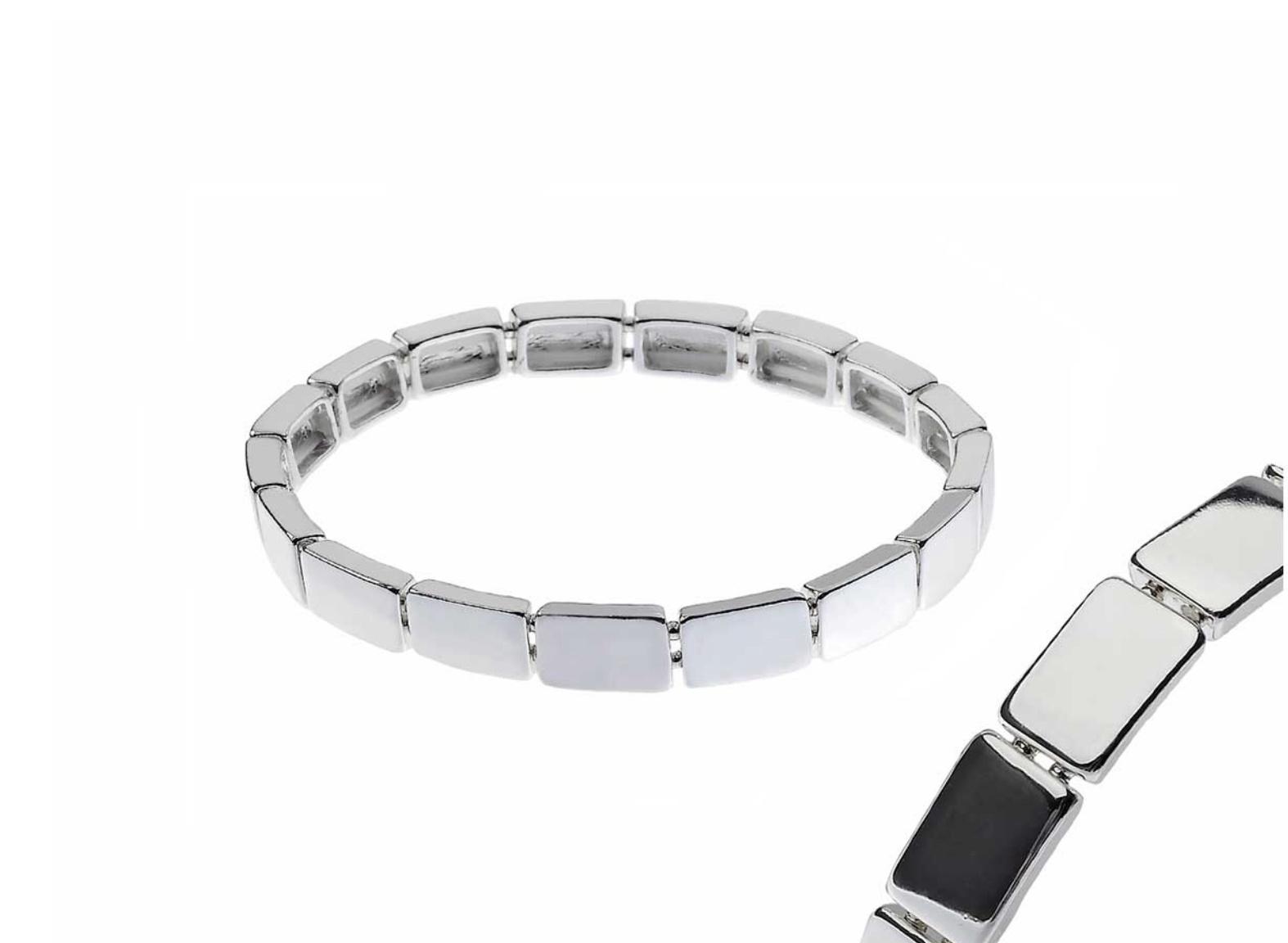 Silver square cast elasticated bracelet