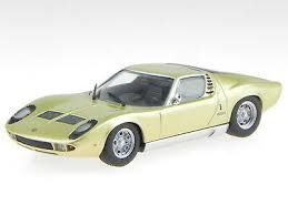 Maxichamps #940 103002 1/43 1966 Lamborghini Miura