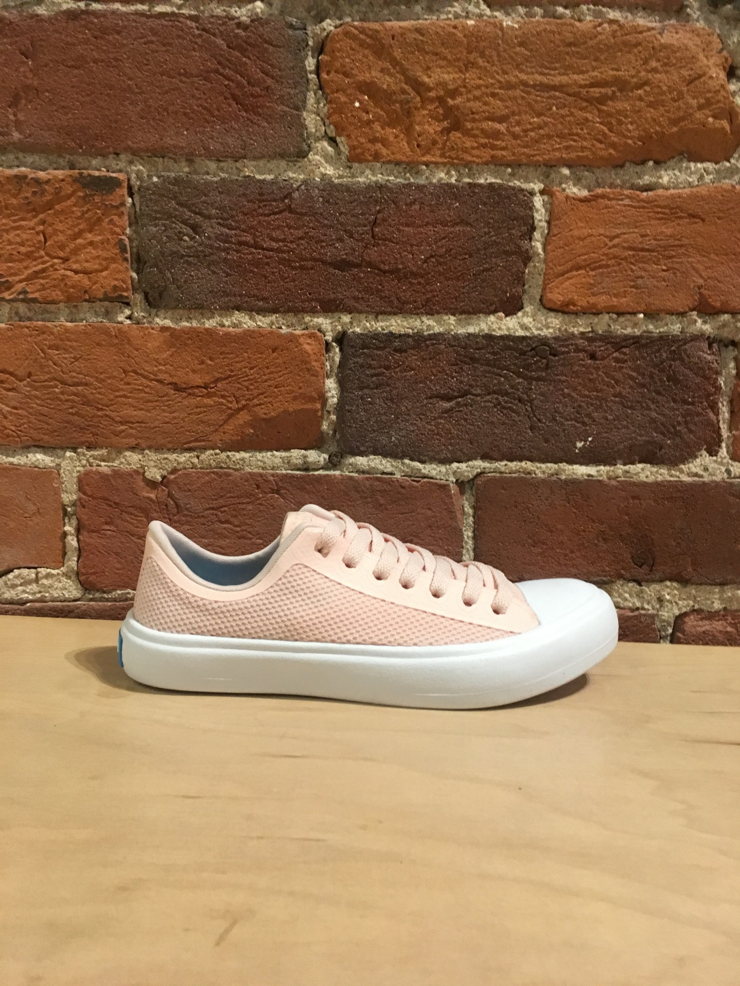 PEOPLE FOOTWEAR - THE PHILLIPS IN PILLOW PINK/YETI WHITE