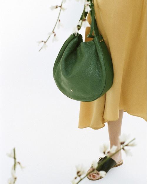 Craie Large Round Handbag - Bille Bubble