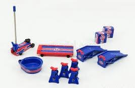 GMP #18939 1/18 STP Shop Tool Set