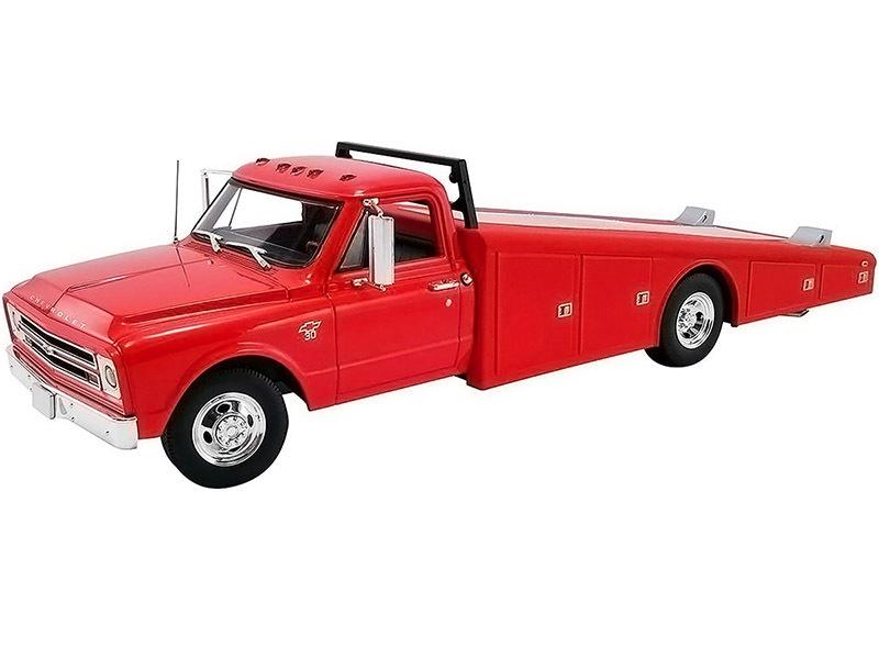 Acme #A1801702 1/18 1967 Chevy C30 Ramp Truck