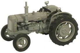 Oxford #NTRAC004 N Fordson Tractor