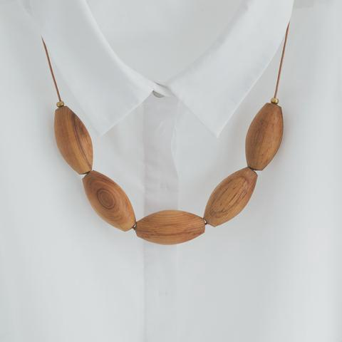 Oval Wood Bead Necklace