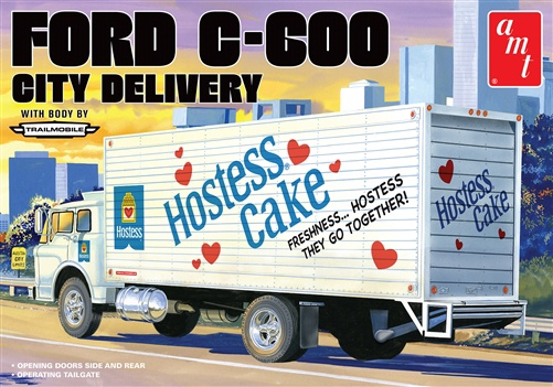 AMT #1139 1/25 Ford C-600 City Delivery Truck