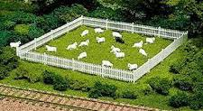 Atlas #779 HO Sheep(18 White/1 Black)