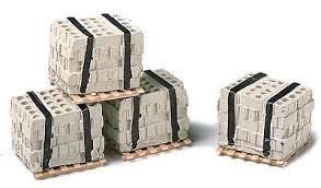 Model Rail Stuff #HO540 HO Pallets of Banded Concrete  Blocks