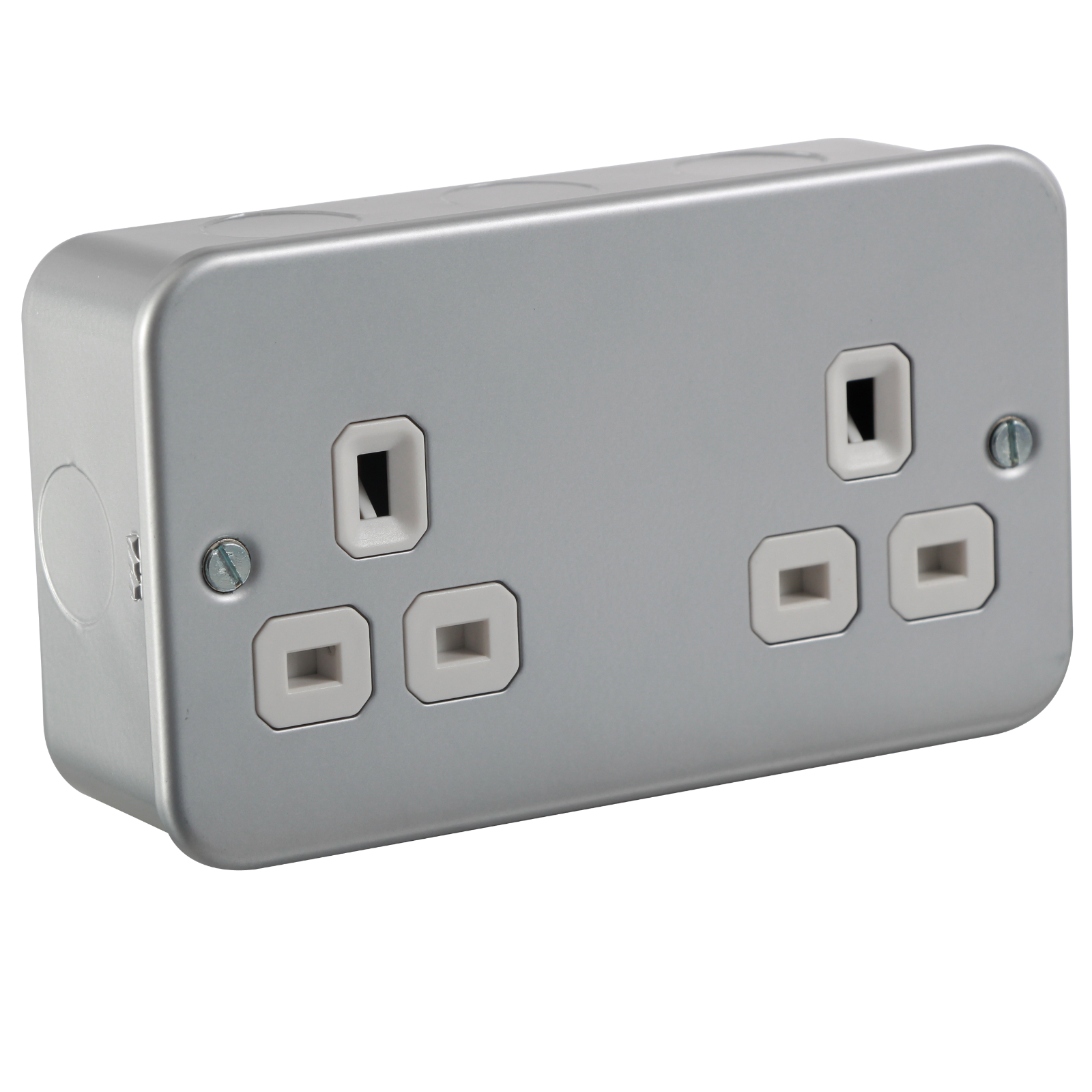 METAL CLAD 13A 2G UNSWITCHED SOCKET