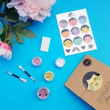 NAOMI - LEMON PRETTY PLAY MAKEUP GOODY PACK