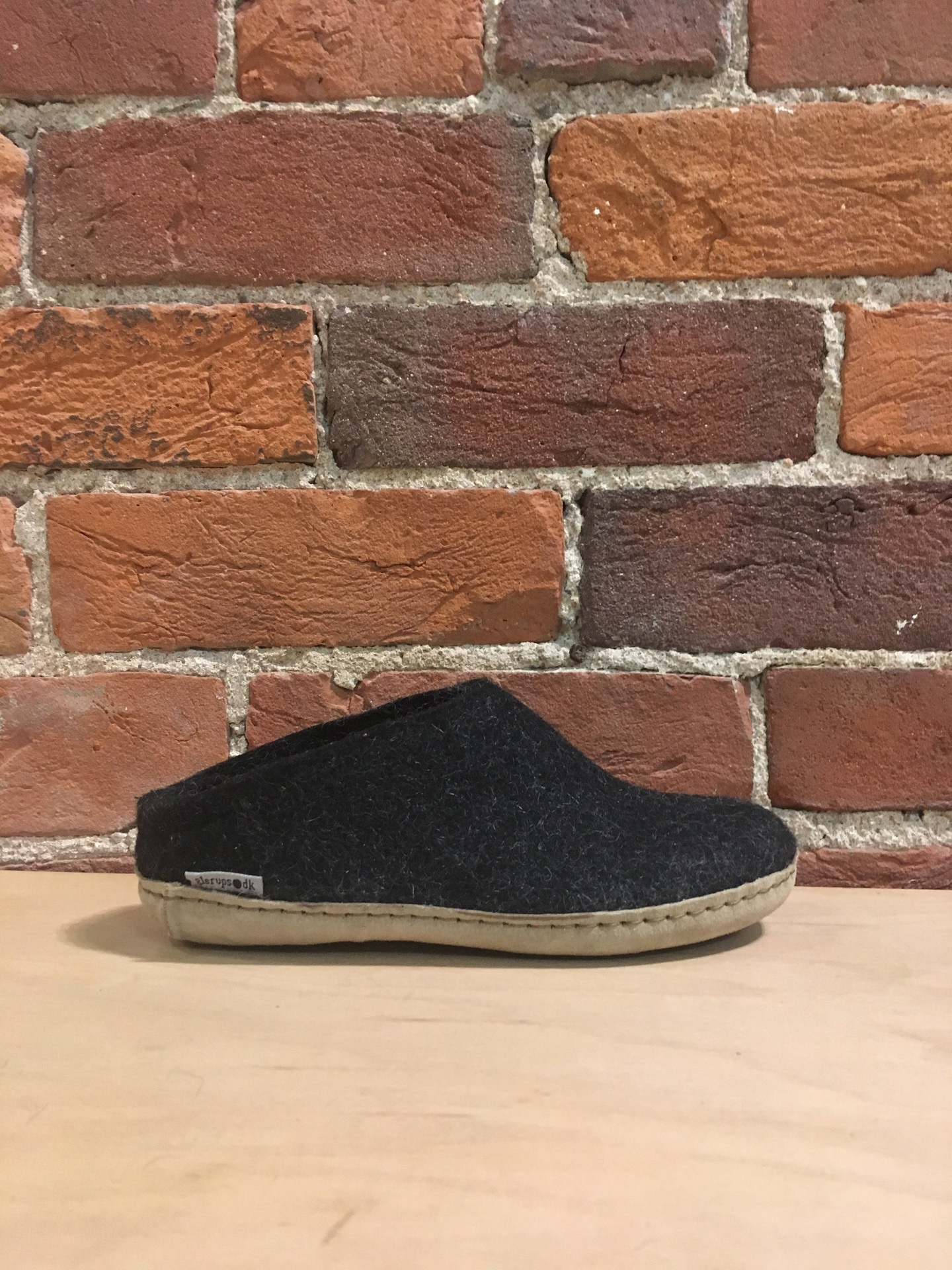 GLERUPS - FELT SLIPPER IN CHARCOAL GREY