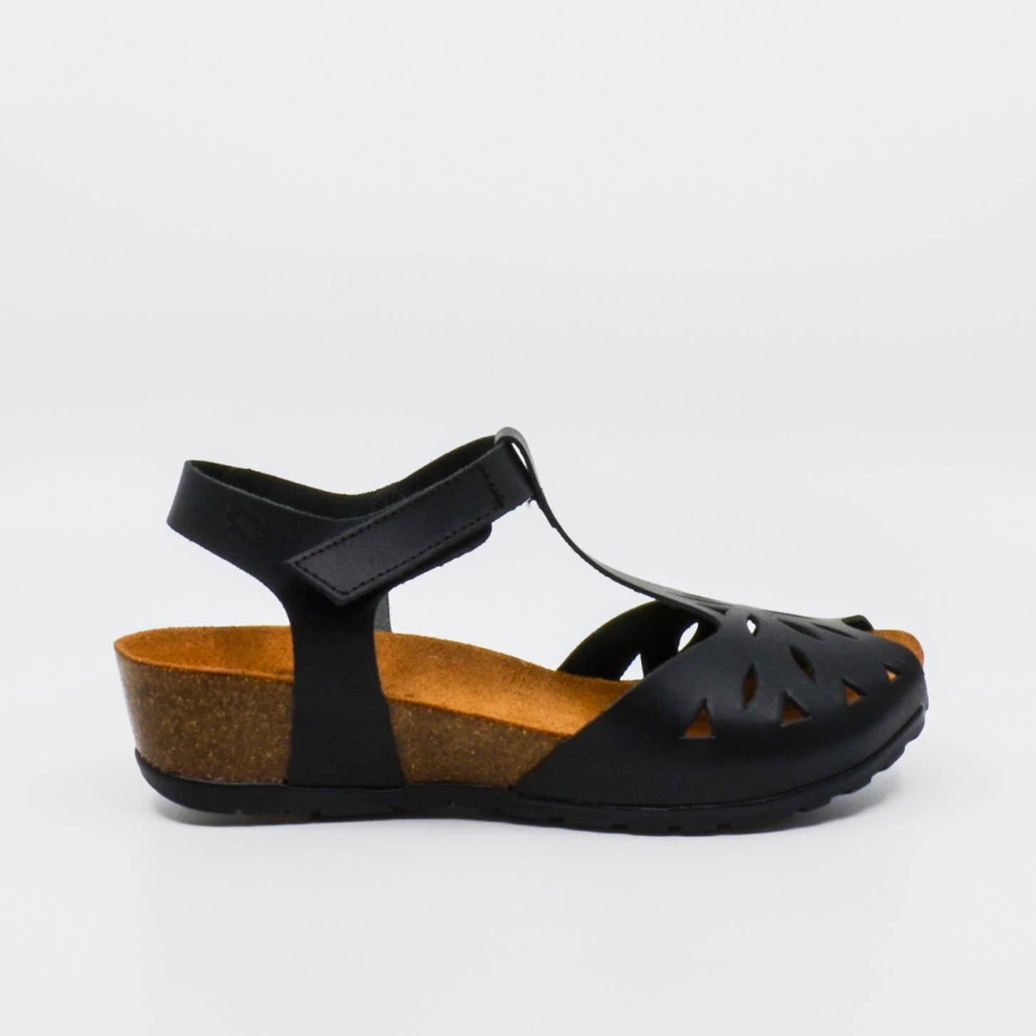 Yokono CAPRI black