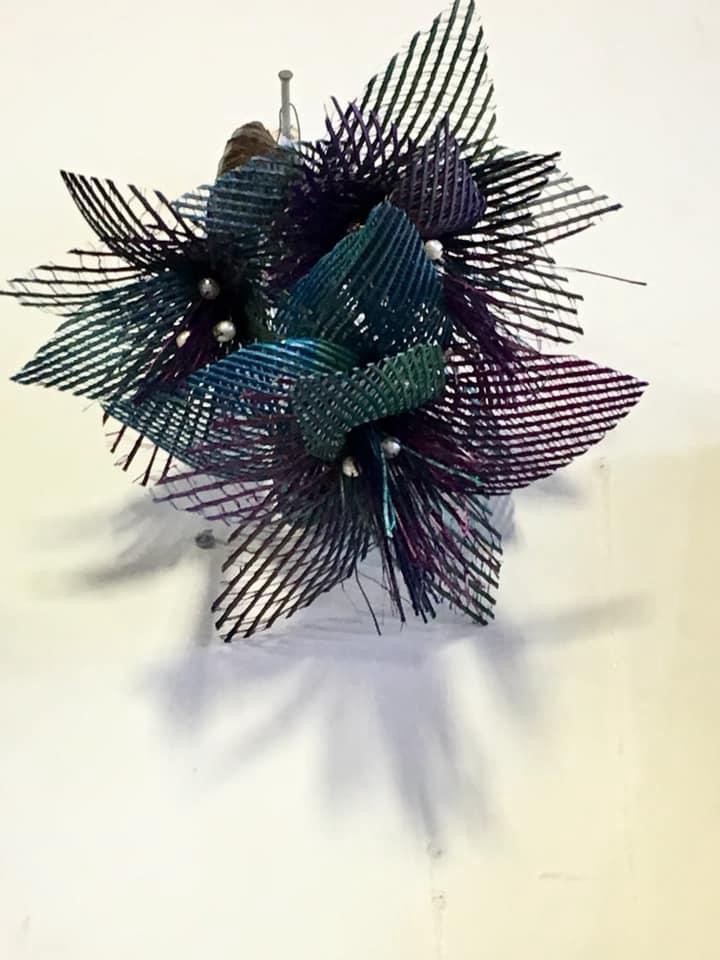 Wall netted flax flower - Paua
