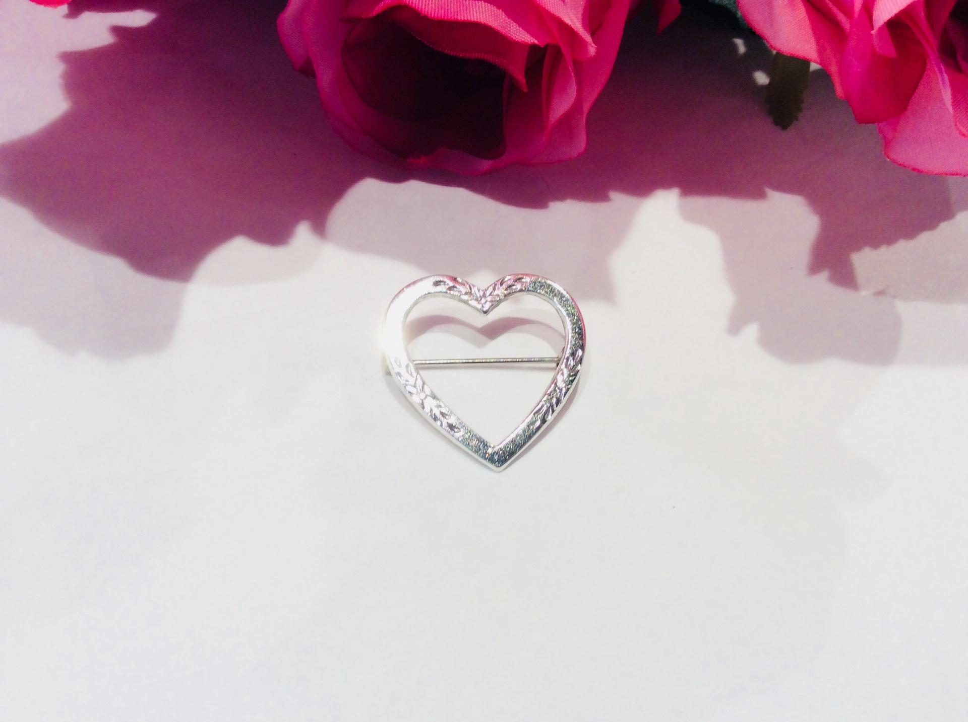 Vintage Sterling Silver Etched Heart Brooch