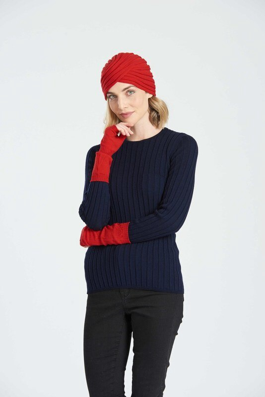 CROSSOVER HAT - RED