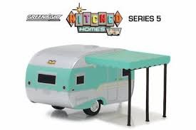 Greenlight #34050-B 1/64 1959 Catolac DeVille Travel Trailer
