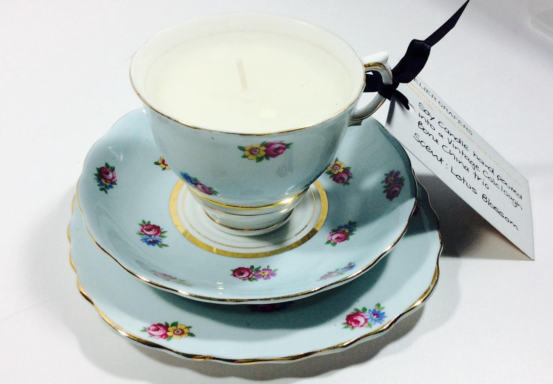 Vintage Tea Cup Candle - Colclough (1945-48, patter 6599) - Lotus Blossom