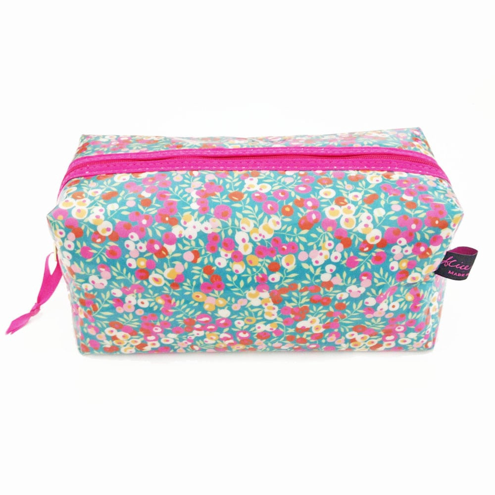 Box Cosmetic Bag in Liberty print