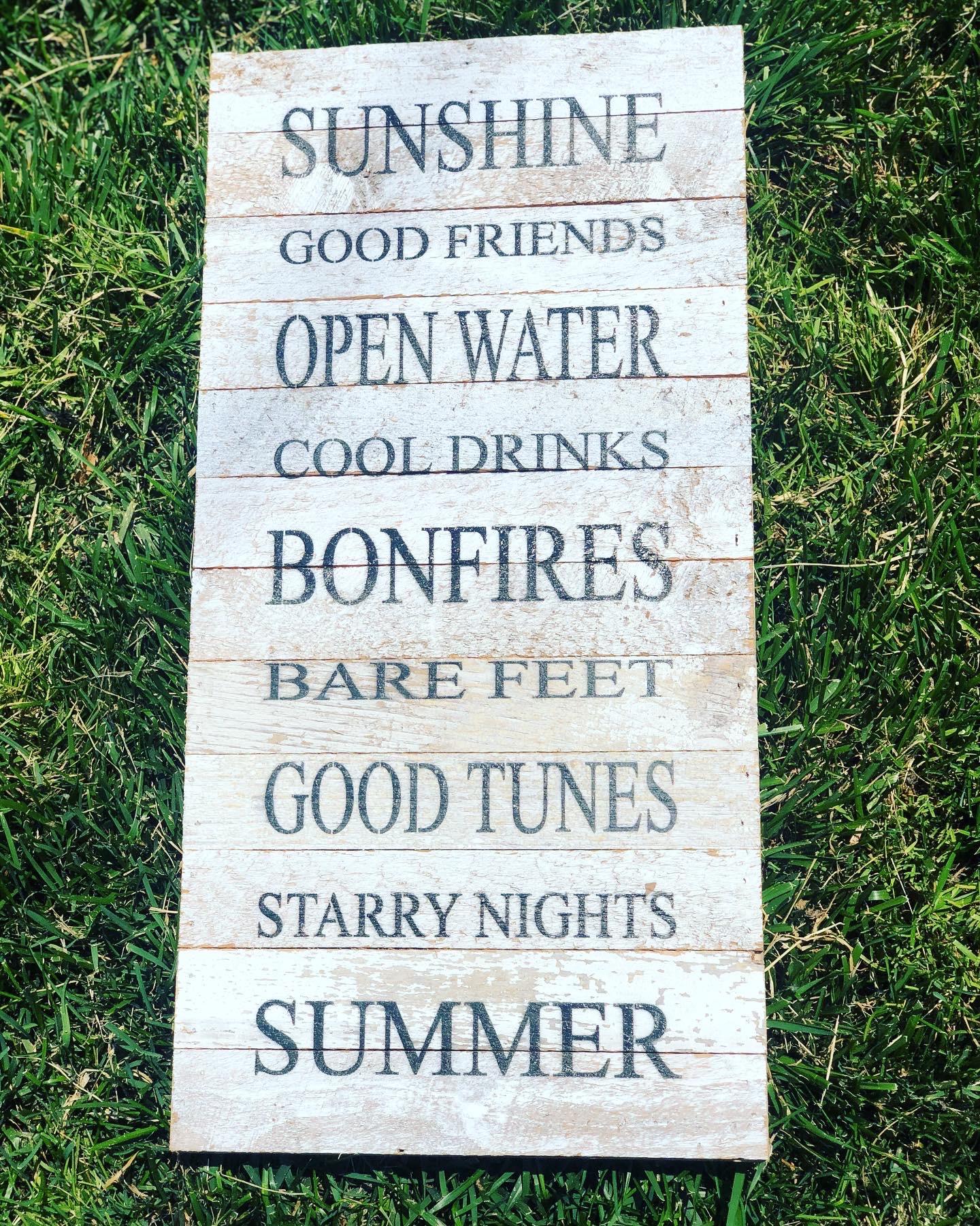 SN-Sunshine, good friends, open water ,cool drinks