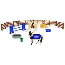 ENGLISH PLAY SET STABLEMATES