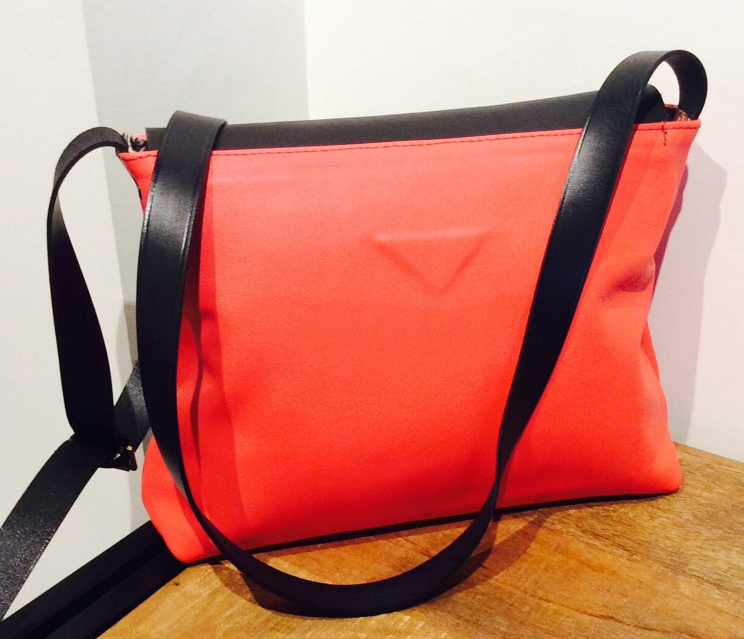 Vermillion Lydia Messenger Shoulder Bag