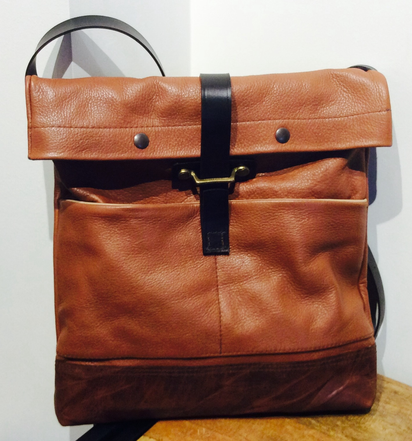 Large Tan San Fransico Bag