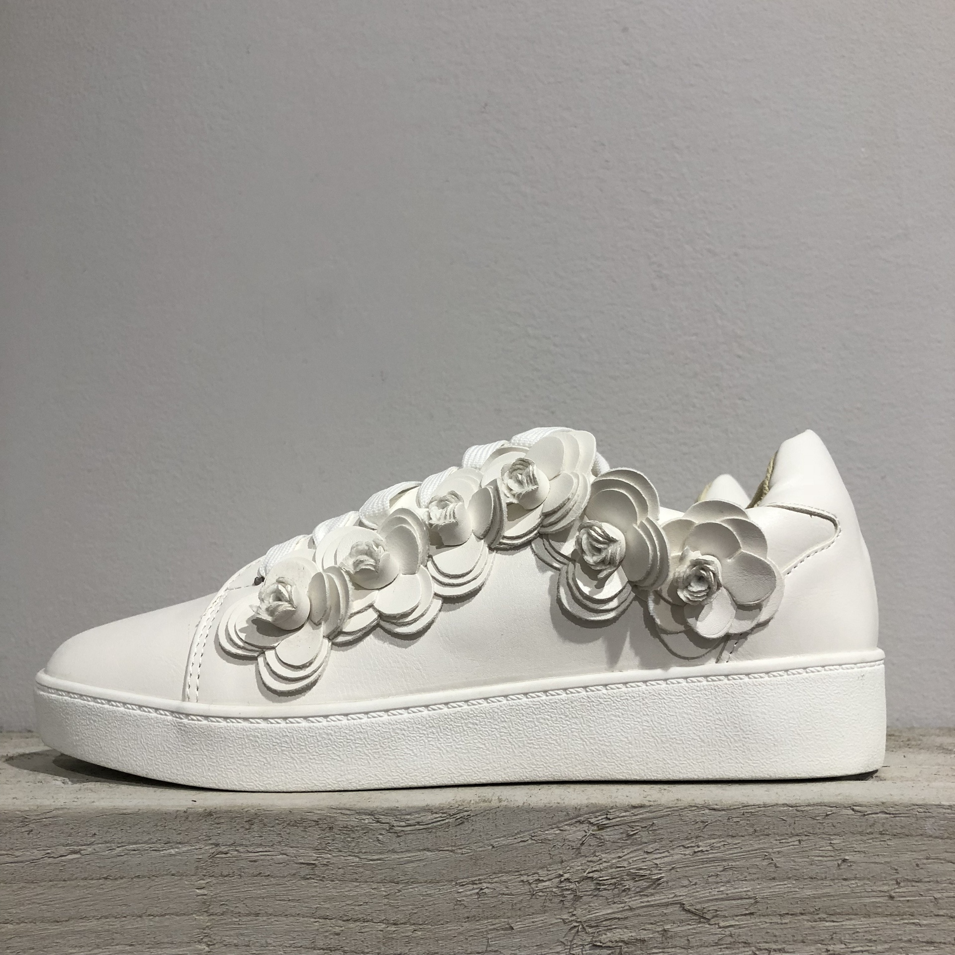 Bellucci White Flower Trainers