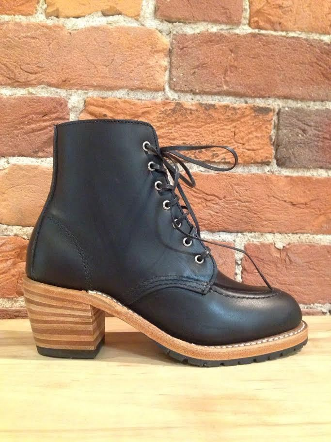 RED WING - CLARA IN BLACK BOUNDARY