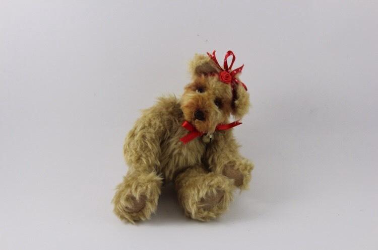"Handmade Teddybear ""Suzie"""