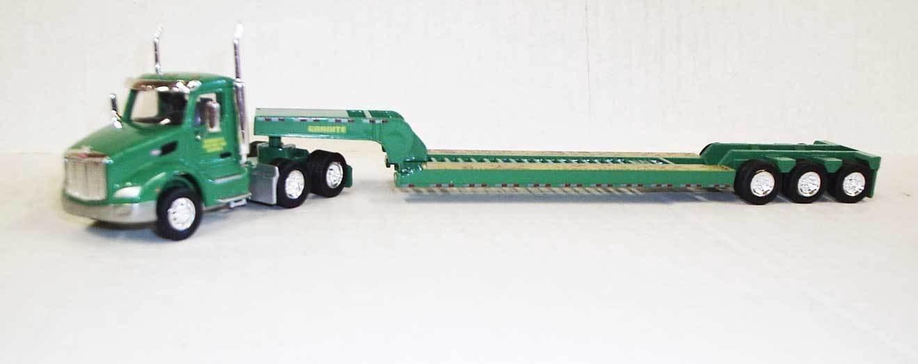Trucks 'N' Stuff #734-TNS087 HO Peterbilt 579 with Lowboy Granite Construction