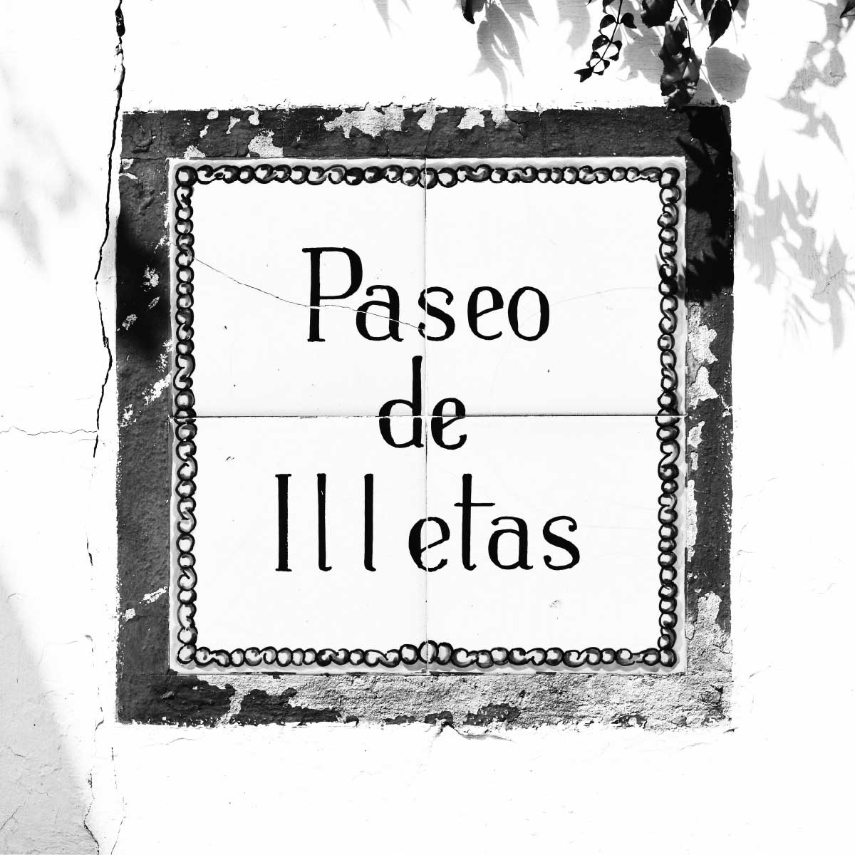 Paseo de Illetas Wall Sign