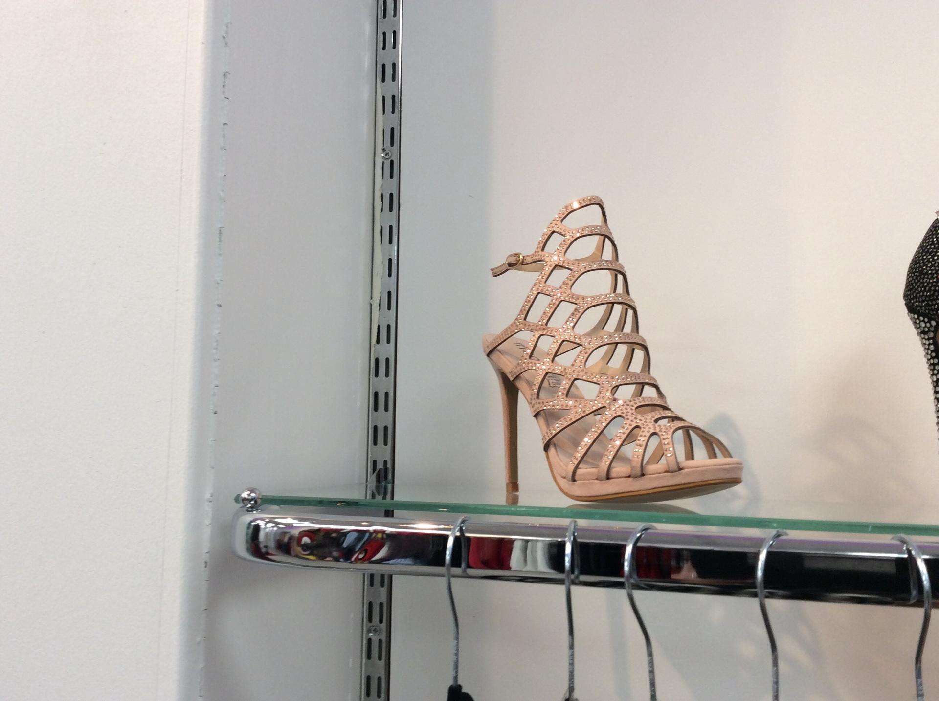 nude moow shoes
