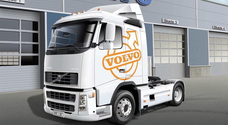 Italeri #3907 1/24 Volvo FH16 520 Sleeper cab