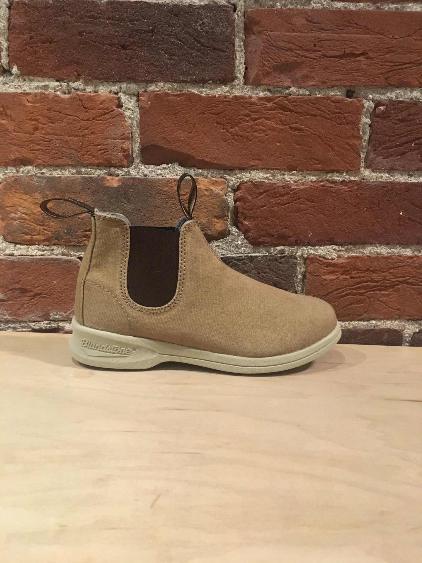 BLUNDSTONE - 1375 CANVAS IN SAND