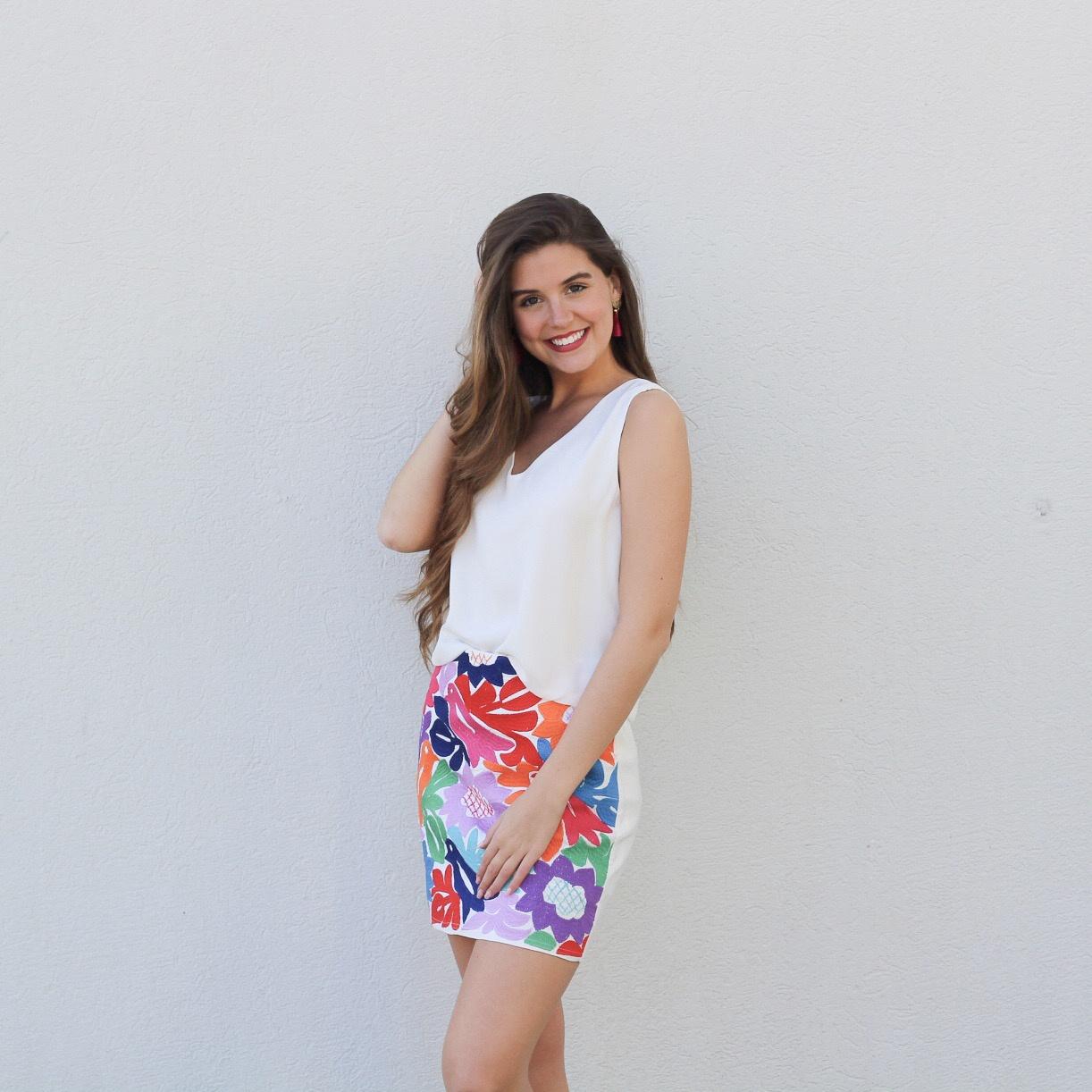 Wht/Multi Emb Skirt