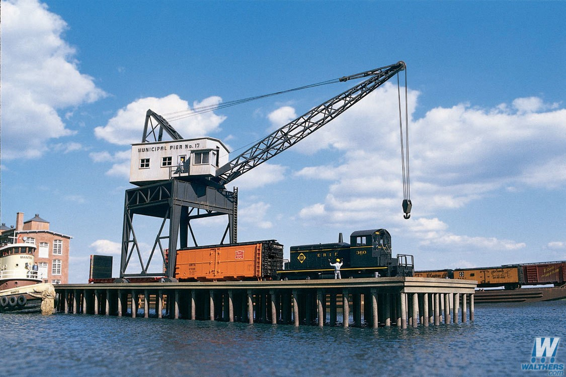 Walthers Cornerstone #933-3067 HO Pier and Traveling Crane Kitset