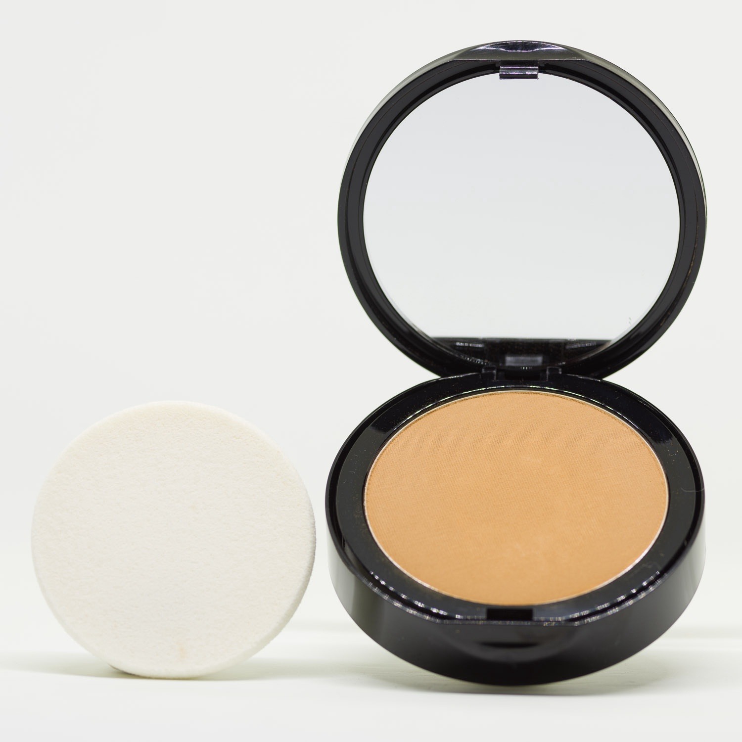 PC6 Warm Yellow Pressed Powder Mineral Foundation