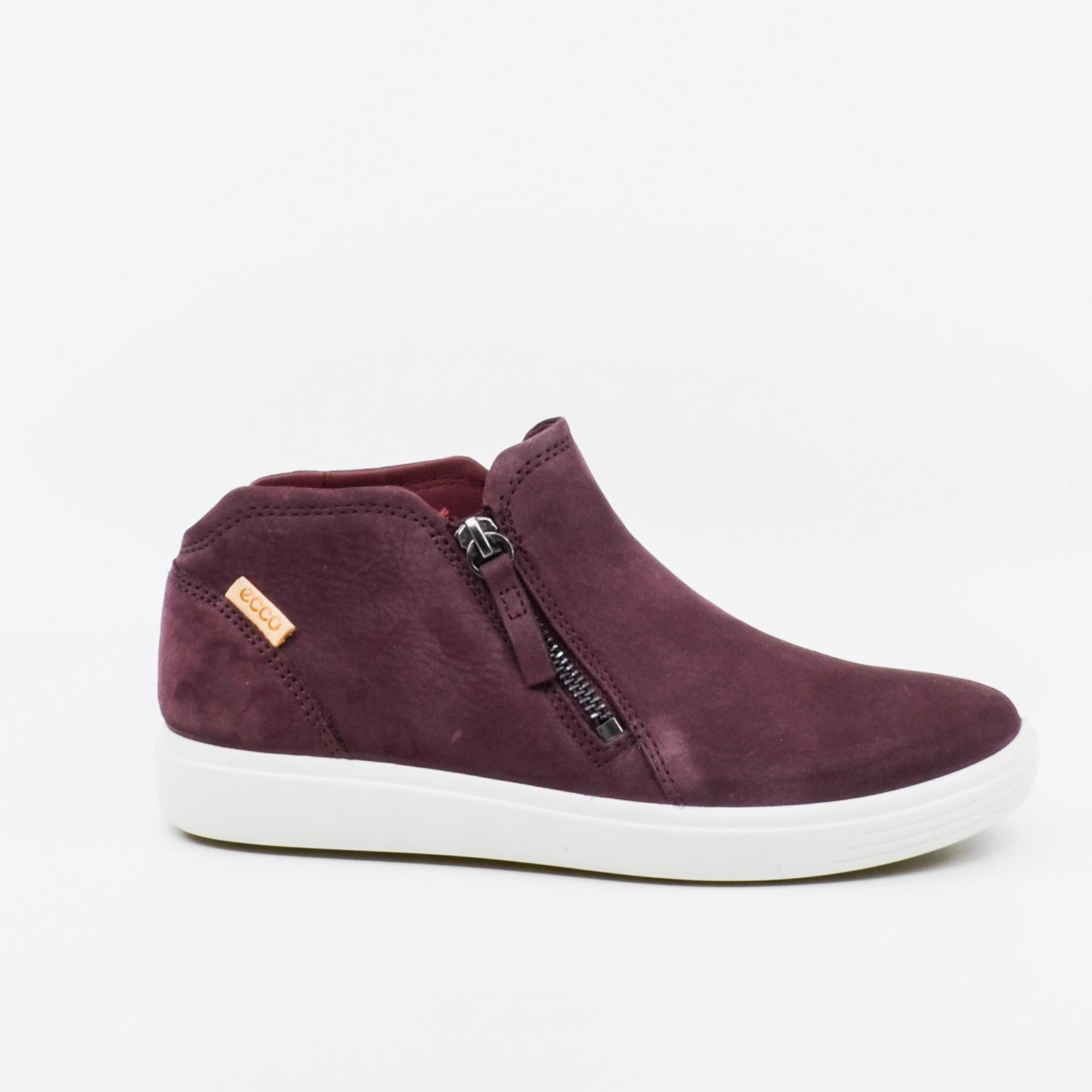 Ecco Soft 7 Boot