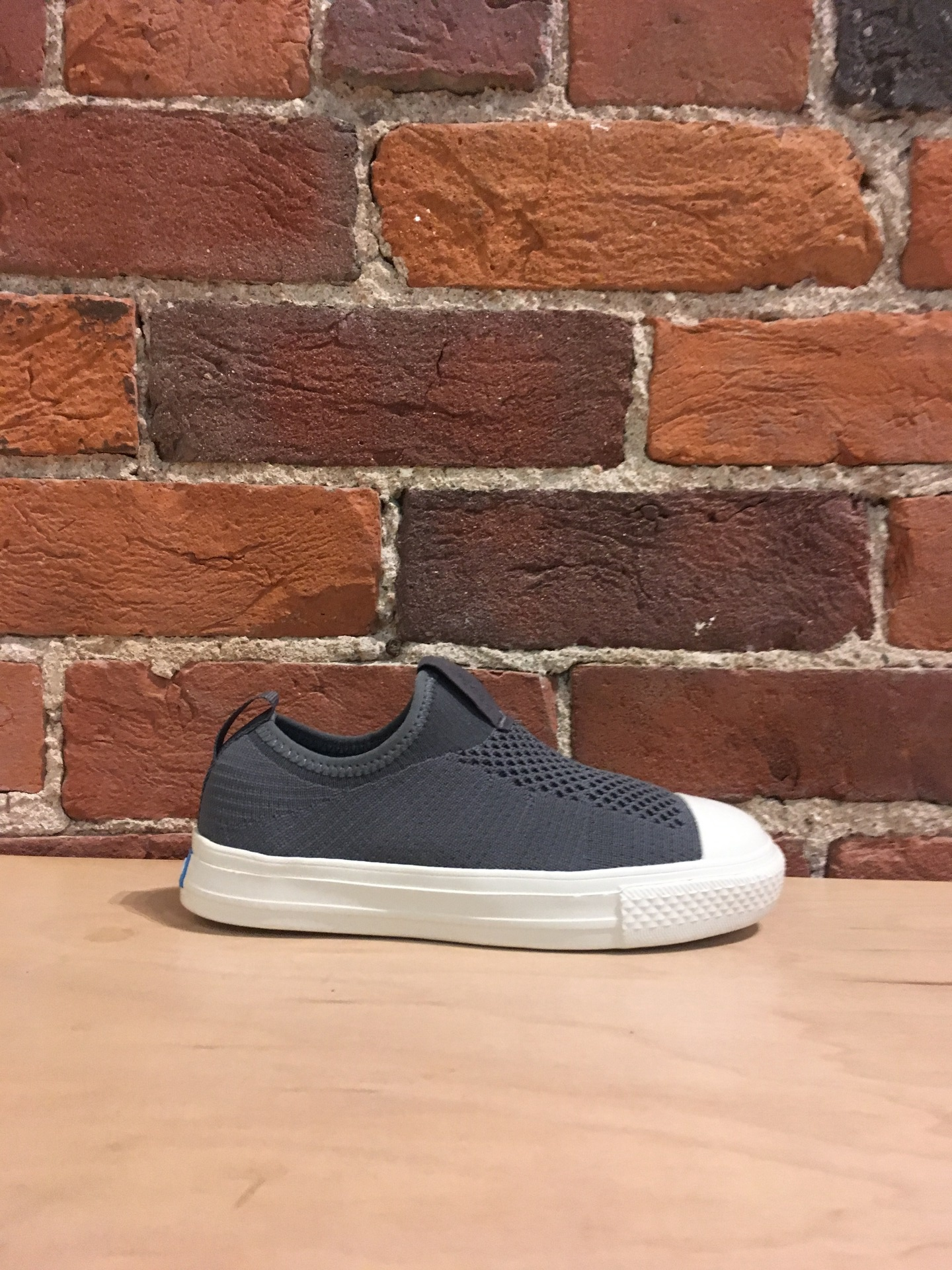 PEOPLE FOOTWEAR - THE PHILLIPS JUNIOR KNIT IN MOONROCK GREY/PICKET WHITE
